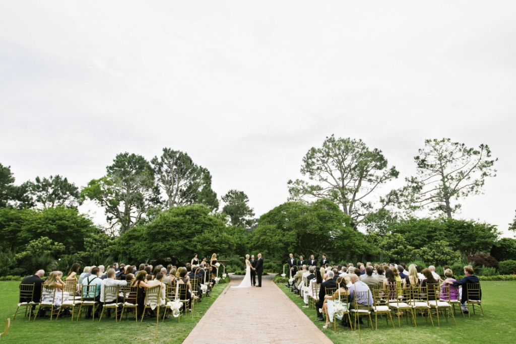 Pretty Simple:Kristy let the natural beauty of Pine Lakes' florals and landscape act as the ceremony's backdrop.