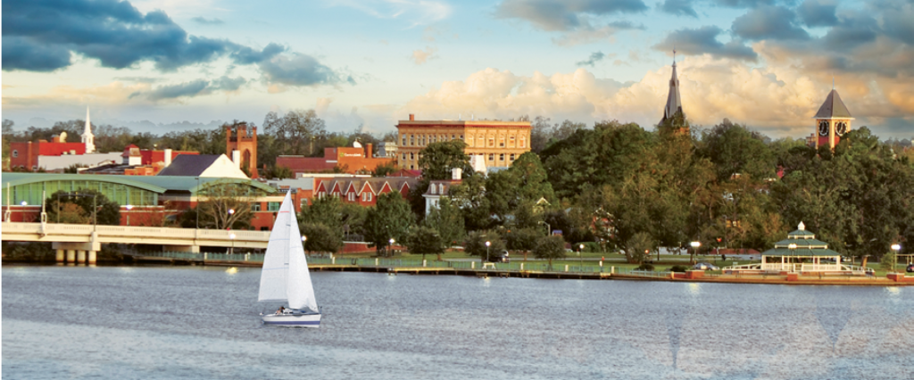 New Bern sits on the banks of the Neuse River just as it empties into Pamlico Sound, offering countless boating and fishing opportunities.