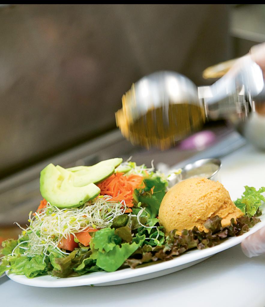 Bay Naturals' hummus garden salad