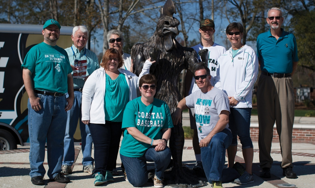 "Members of ""the pit"" are (from left) Brian Bunton, Wayne Vereen, Teresa Burns, Linda Vereen, Carol Boyd, Wayne White, Trey White, Lori White and Ed Smrdel."