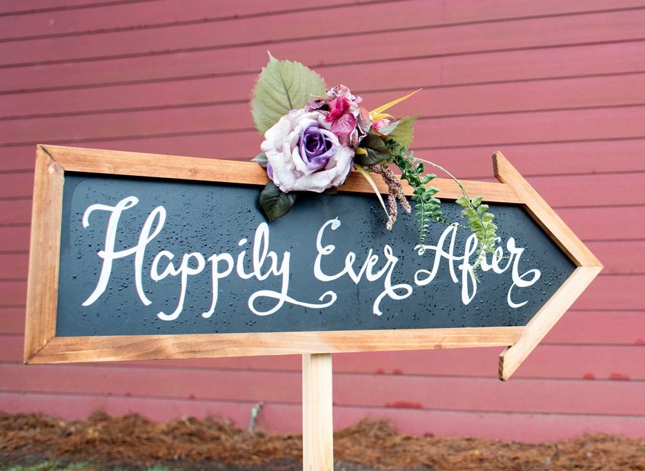 Beautifully handwritten signage was also placed around the reception hall and highlighted the rustic charm of the farm venue.