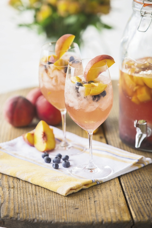 South Carolina Peach and Blueberry Sangria