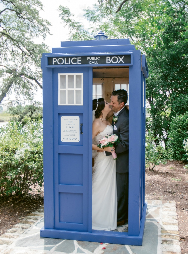 Time Travel: From incorporating a life-sized TARDIS from Doctor Who to offering eclipse glasses and, this couple had the time theme down to a T.