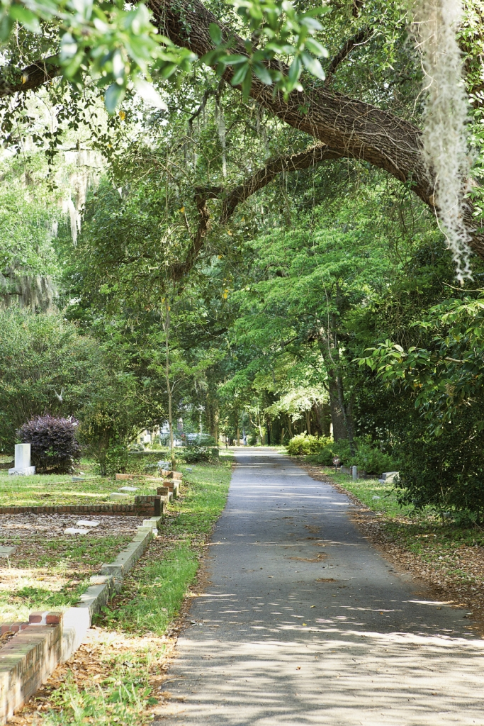 Conway's Lakeside Cemetery