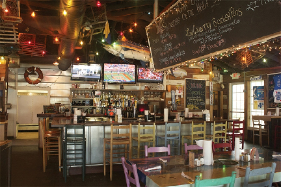 Pawley's Raw Bar, Crab and Seafood Shack in Pawleys Island