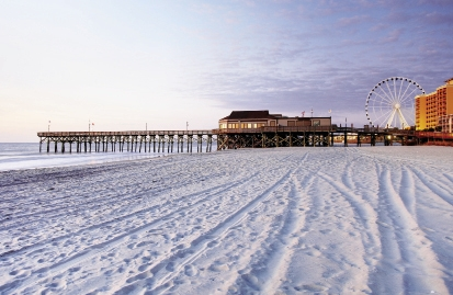 Pier 14 Restaurant offers casual dining and a quintessential view of oceanfront Myrtle Beach, the Skywheel and the Boardwalk.