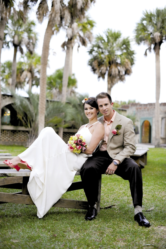 <p><br />Julie Elizabeth Hendrix and Derek Ryan Anderson October 8, 2011</p>