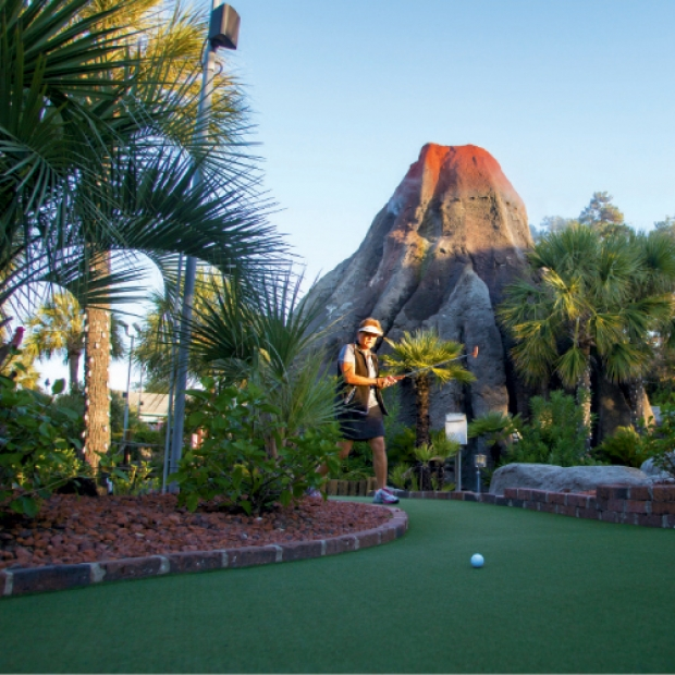 The World S Best Professional Miniature Golfers Travel To North Myrtle Beach Every Year Compete In Us Prominigolf Masters