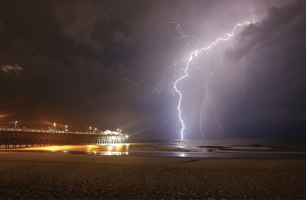 May Goes Out with a Bang - David Callahan - Garden City Beach