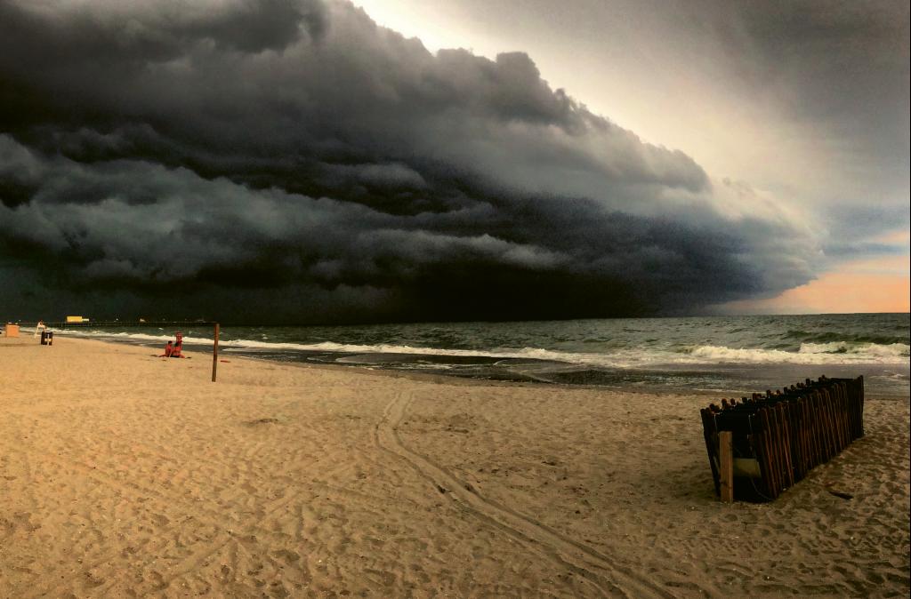 Storm rolling in  Photographer: Elizabeth Muckensturm  Where: Shore Drive in front of Ocean Annie's, Myrtle Beach