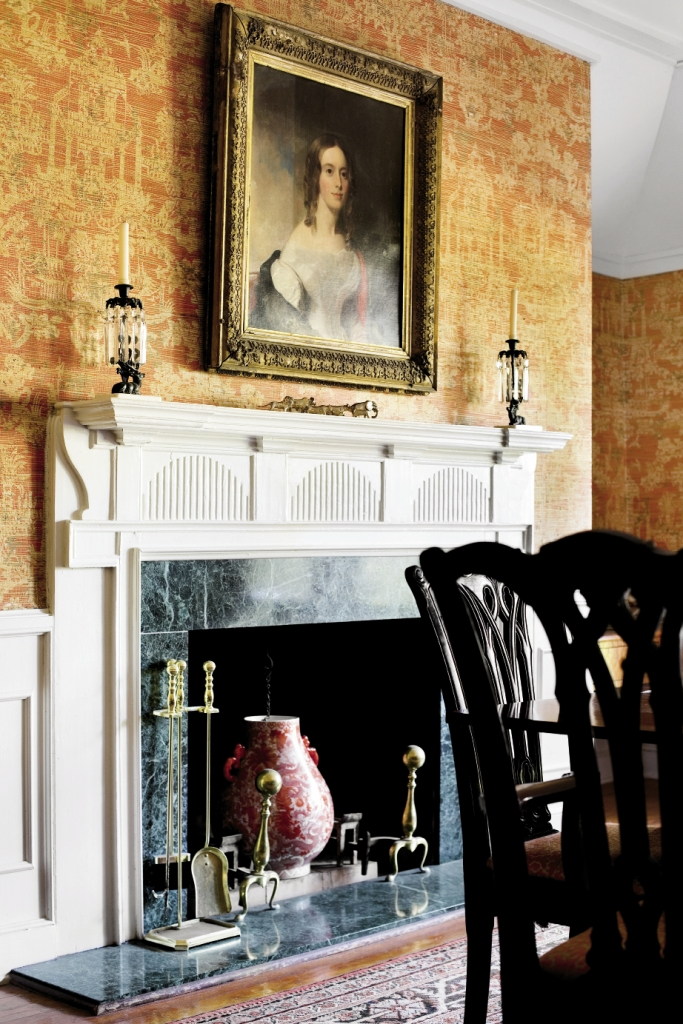 Unfortunately, no one can trace the origins of the haunting Orient-inspired grass cloth wallpaper in the formal dining room.
