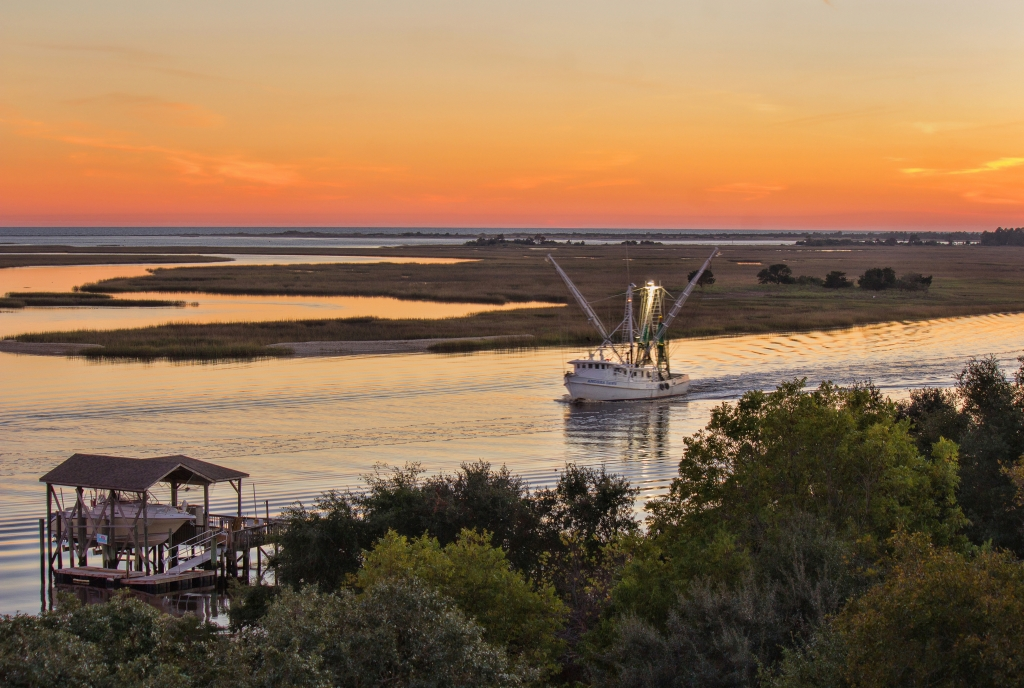 Coming Home, Photographer: Michelle Tinger, Where: Intracoastal Waterway near Sunset Beach, North Carolina