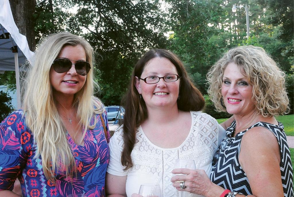 Betsey Hinson, Tina Hunter and Robyn Cain
