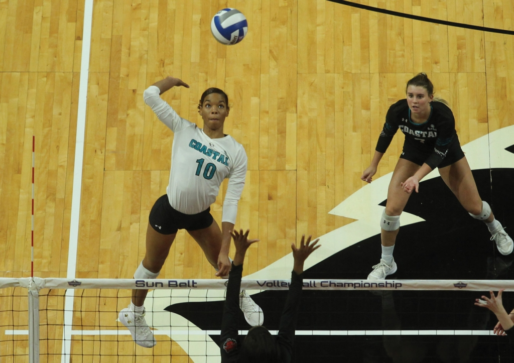 Women's athletics share the glory at CCU, which supports and offers scholarships in 19 men's and women's NCAA collegiate sports.