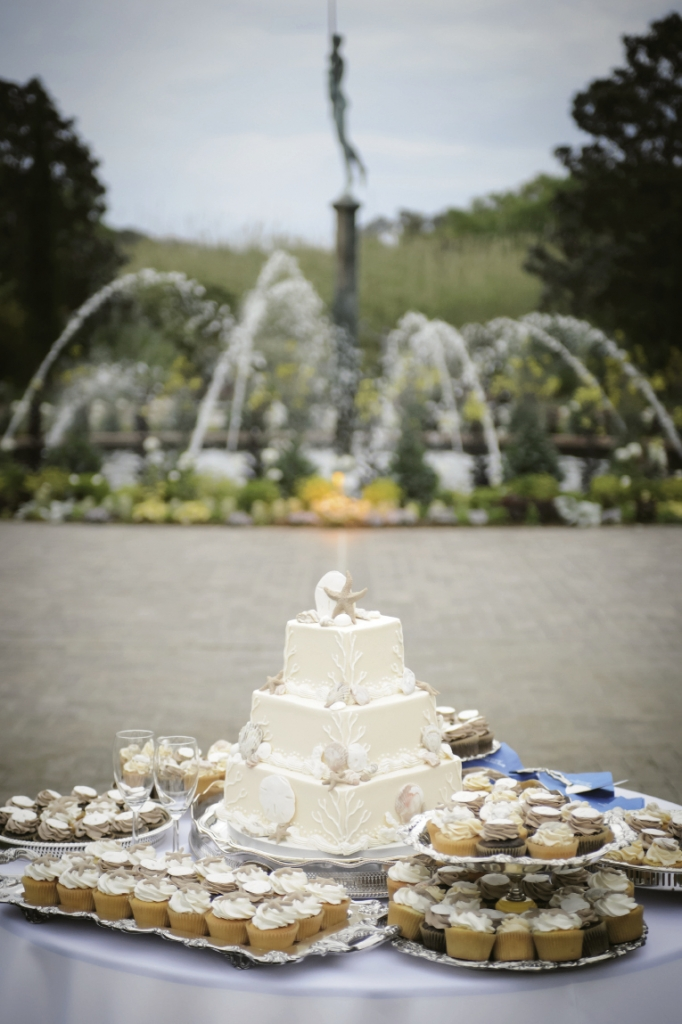 Beauty and the Beach: Touches of Betsy's love for the beach were everywhere—from ceremony to dessert.