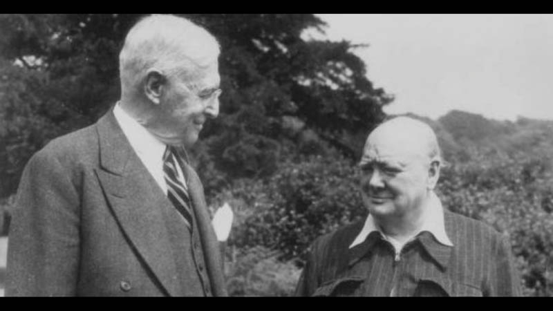 Churchill visited Hobcaw Barony with his daughter.