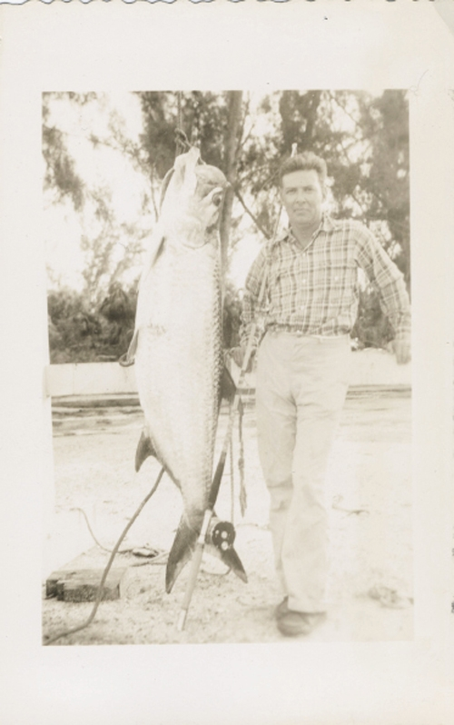 Cappy and Dinks with tarpons in Marathon, Florida, in the 1950s.