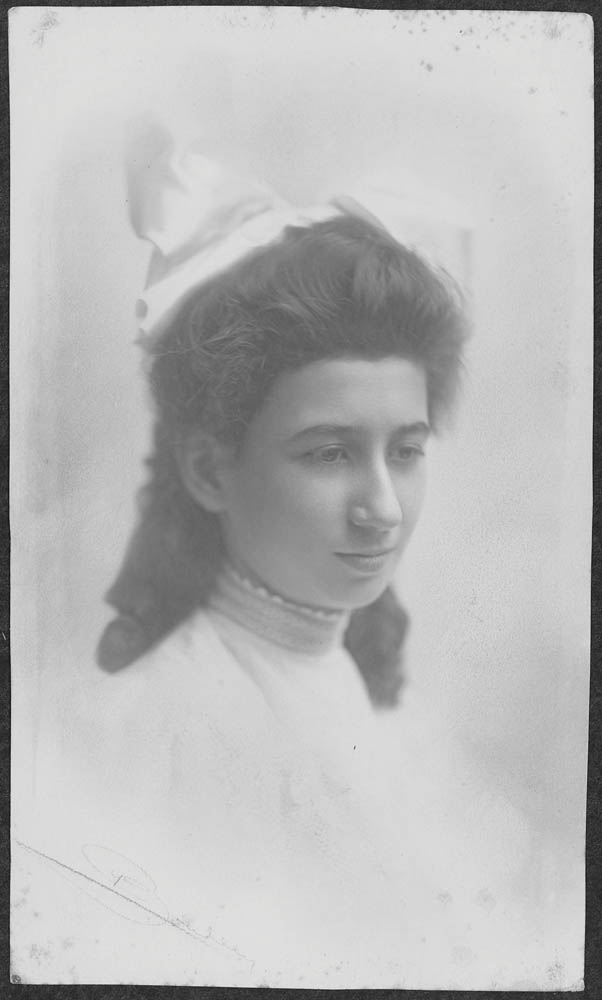 A circa 1909 photo of Belle Baruch.